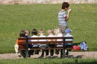 У нас в городе более сотни тысяч детей посещают секции, кружки, спортивные центры. Все эти учреждения пустуют в первой половине дня. Если грамотно выстроить процесс, то ещё больше ребят получат возможность заниматься любимым делом с утра, а потом идти на уроки.