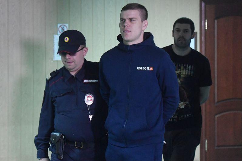 Александр Кокорин в здании Пресненского районного суда, апрель 2019.