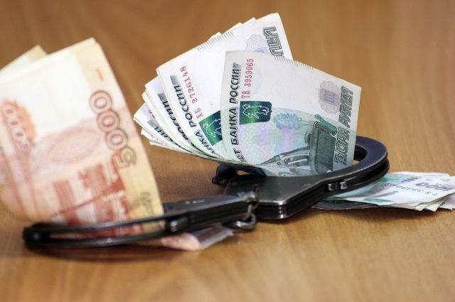 Возбуждено уголовное дело по статье «Дача взятки должностному лицу».