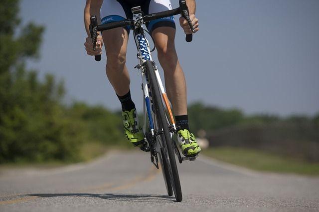 В Ялуторовске КамАЗ сбил восьмилетнего велосипедиста
