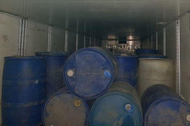 Хотели уйти незамеченными: пограничники задержали контрабандистов с 4 тонна