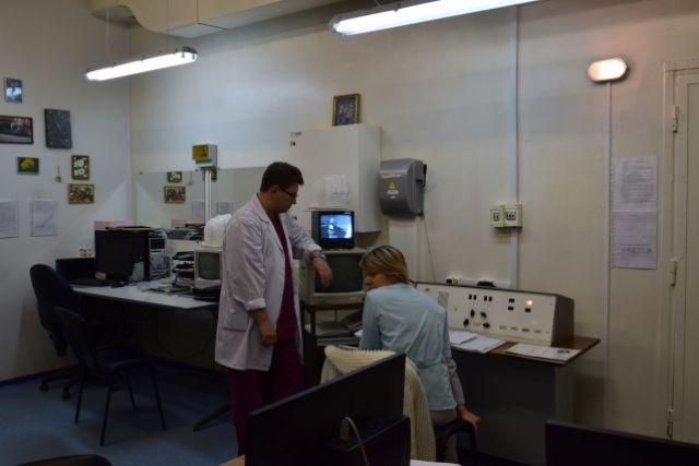 Сегодня врачи мурманского онкодиспасера работают на оборудовании, которому 20-30 лет.