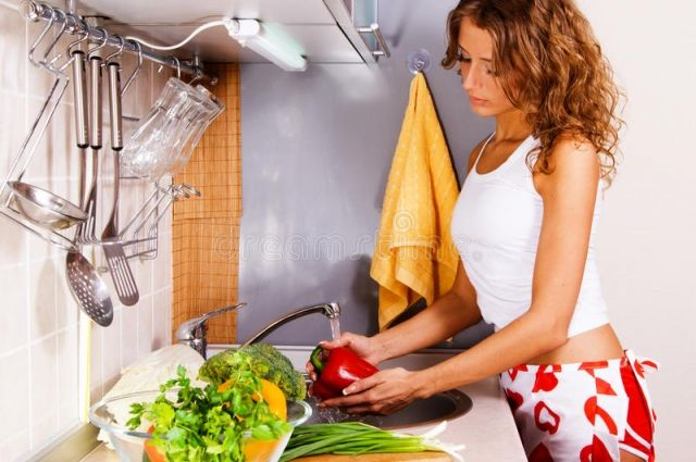 Не в грязи дело. Как правильно мыть овощи и фрукты