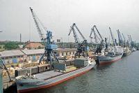 Клайпедский торговый порт в Литве, 1984 г.