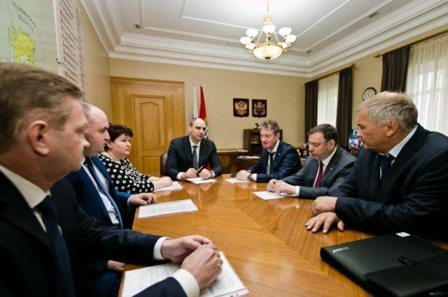 Денис Паслер обсудил перспективы сотрудничества региона с крупным бизнесом.