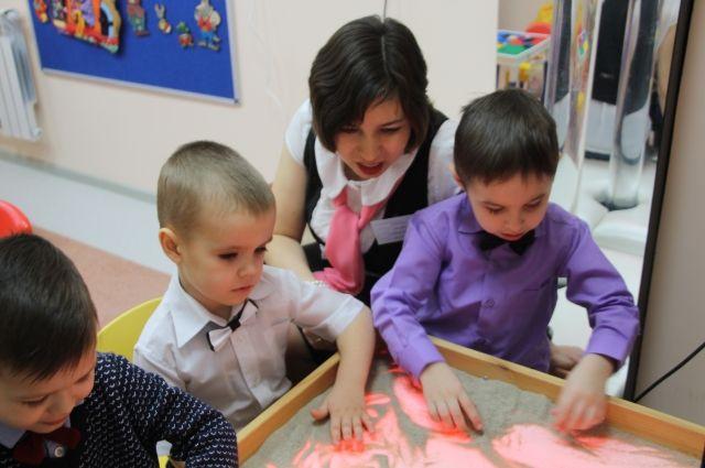 За три года в 9 муниципальных районах планируется построить 34 детских сада.