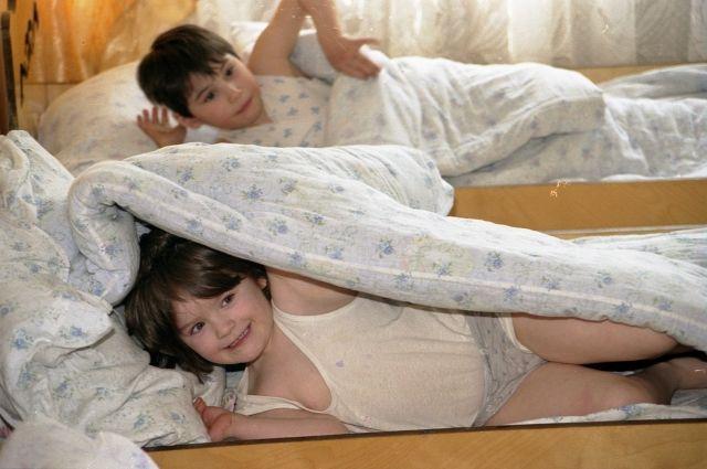 Квартиры для сирот: Гройсман рассказал, сколько детей получили жилье