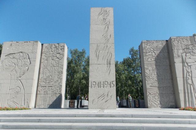 На следующей неделе начнется прием заявок на выполнение второго этапа работ – реставрации пилонов Монумента Славы.