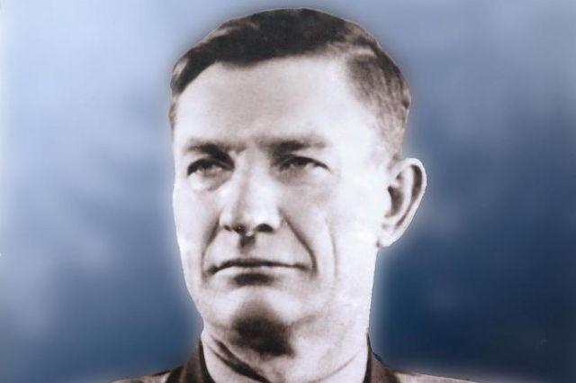 Лётчик-испытатель Александр Васильченко работал с конструктором Сергеем Королёвым в Казани.