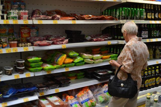 Увеличить долю кузбасских производителей на полках магазина власти планируют за счет привлекательных цен, качества и упаковки.