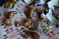 Ажиотаж с ядовитыми конфетами сейчас во многих российских городах: Екатеринбурге, Воронеже, Хабаровске.