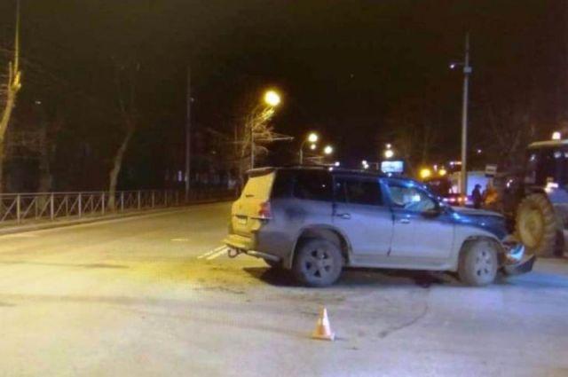 Четыре человека серьезно пострадали в ДТП на Мочищенском шоссе