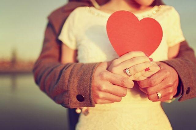 Ученые пришли к выводу, что самые крепкие отношения в тех парах, где у партнеров примерно одинаковый уровень IQ. Из них потом получаются крепкие союзы.