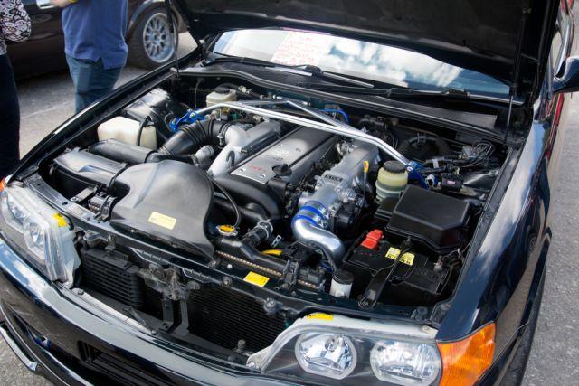 Прямая сила. Почему авто с продольными моторами быстрее, чем с поперечными photo