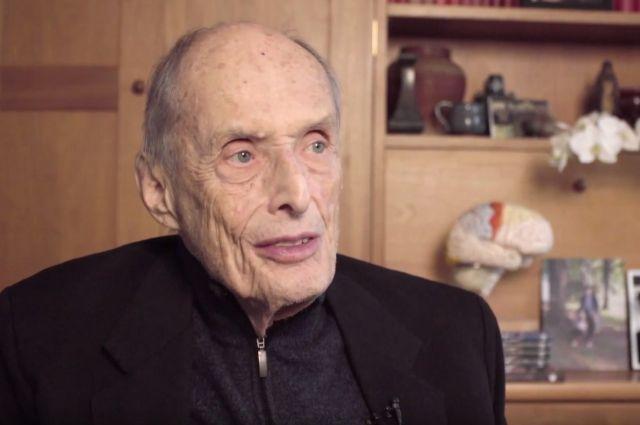 В США скончался лауреат Нобелевской премии в области медицины Пол Грингард