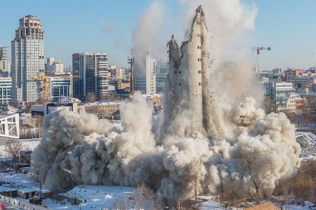 Екатеринбургская телебашня была заявлена для постановки на охрану как уникальный объект, но это не спасло её от сноса.