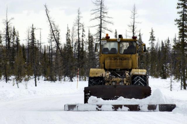 С ограничениями: на зимники Ямала выпускают только полноприводные авто