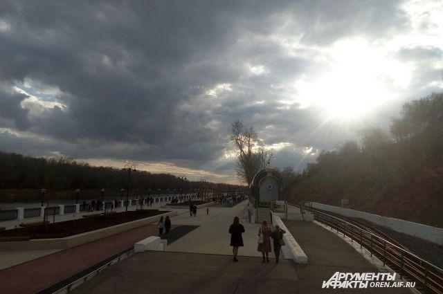 В Оренбургской области резко похолодало из-за пришедшего циклона.