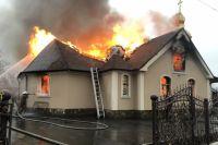 В Люботине сгорел дотла православный храм