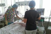 Одного пострадавшего в тяжёлом состоянии госпитализировали в отделение реанимации Усинской ЦРБ.
