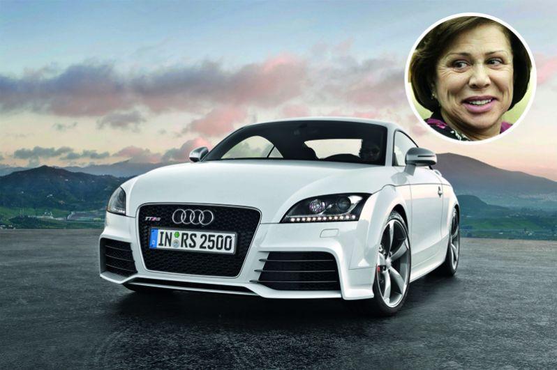 Ирина Роднина владеет Audi ТТ и BMW 320 IA.