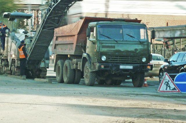 На строительство дорог выделят 49 млрд рублей.