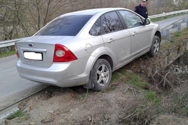 Вор в Комсомольске разобрал автомобиль на запчасти.