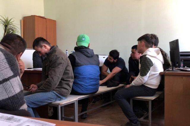 В Оренбуржье вынесен срок организатору незаконной миграции.