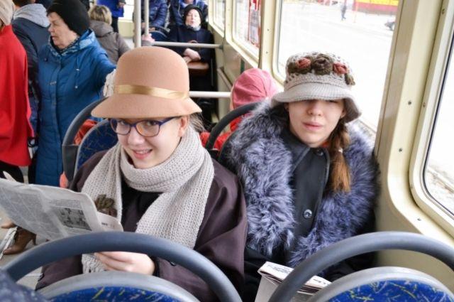 Дети показали инсценировку по рассказу Михаила Зощенко «В трамвае»