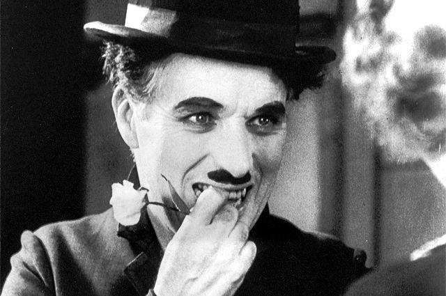 Чарли Чаплин в фильме «Огни большого города», 1931 г.