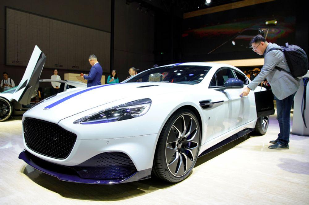 Электрический Aston Martin's Rapide E.