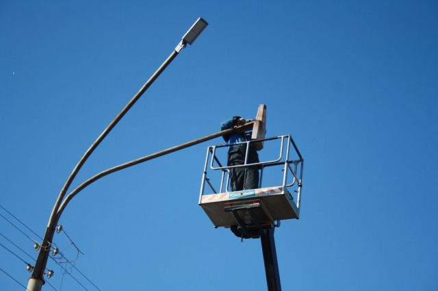 В Орске установили 330 светодиодных фонарей по энергосервисному контракту