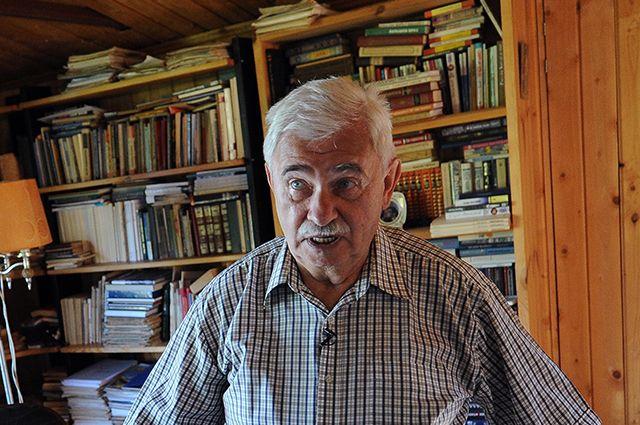 Анатолий Салуцкий.