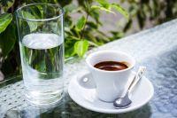Кофе можно пить только в умеренных количествах