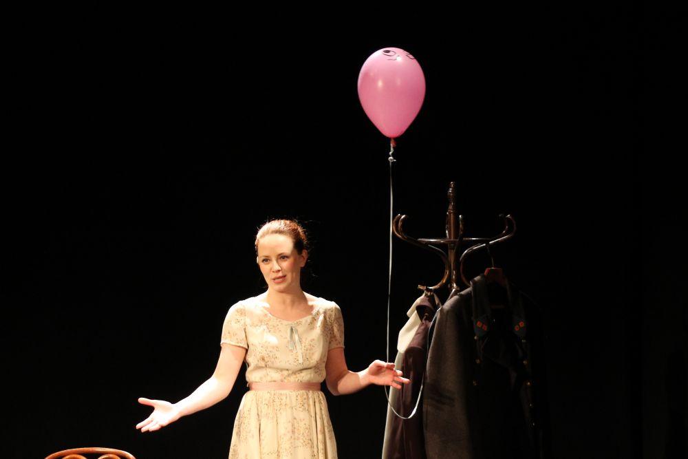 Анастасия Альмухаметова впервые выступила режиссером постановки.