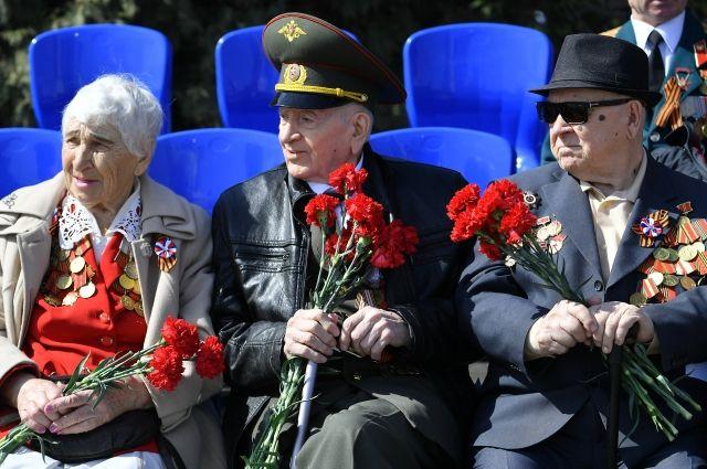 Выплаты ветеранам из краевого бюджета увеличили на две тысячи рублей.