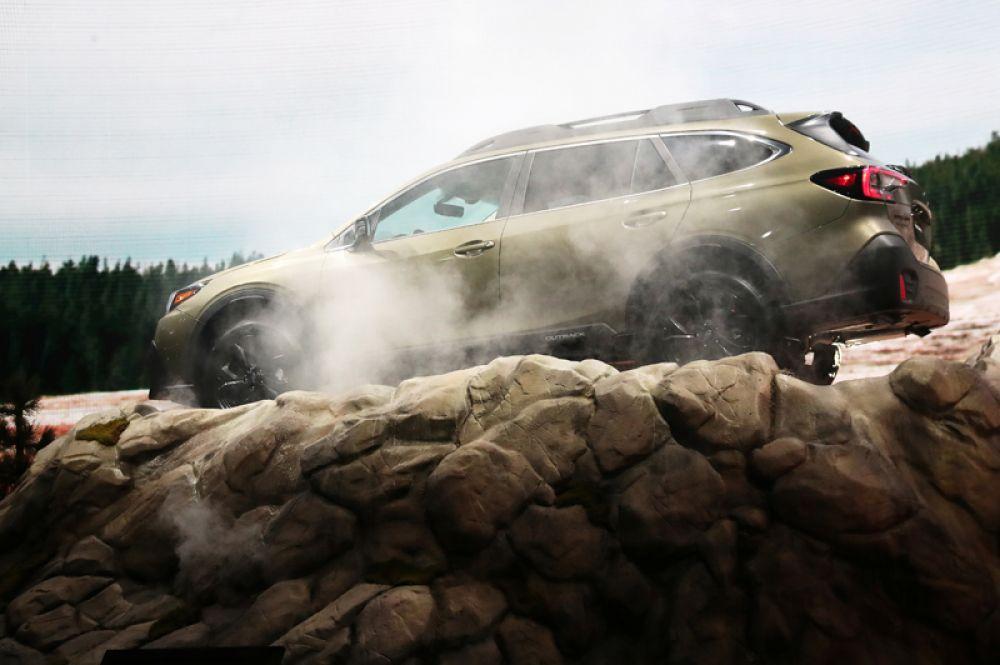 Ожидаемой новинкой стал внедорожный универсал Outback от Subaru.