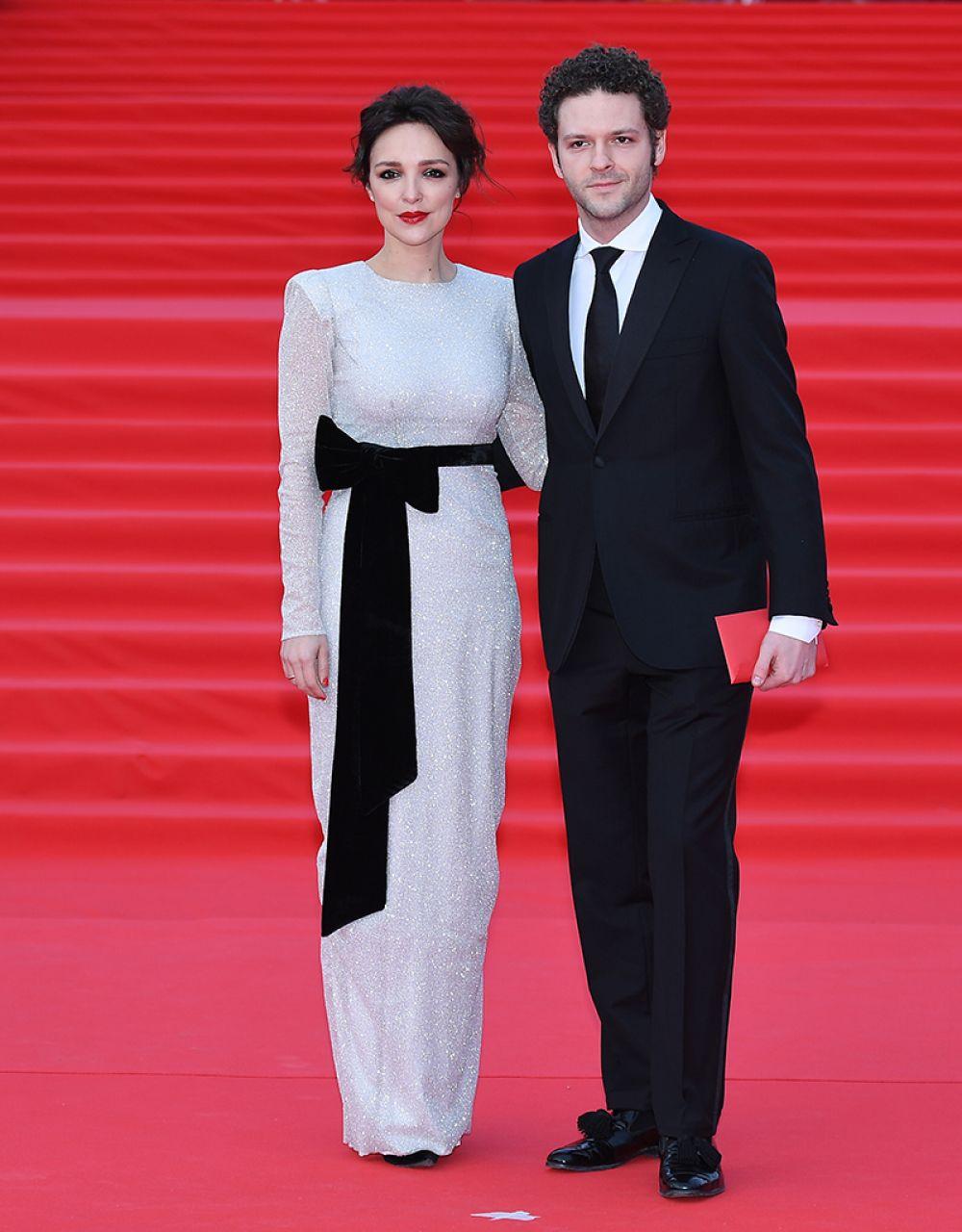 Актер Константин Крюков с супругой Алиной.