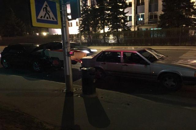 За сутки два человека пострадали в ДТП из-за несоблюдения дистанции