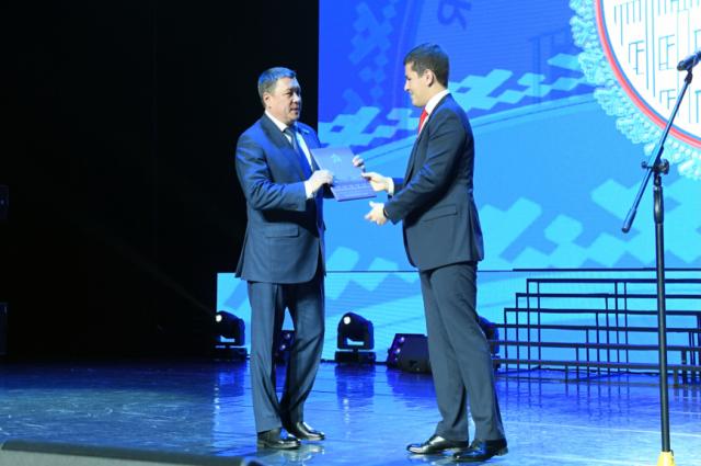 Законодательное Собрание Ямала отмечает 25-летний юбилей