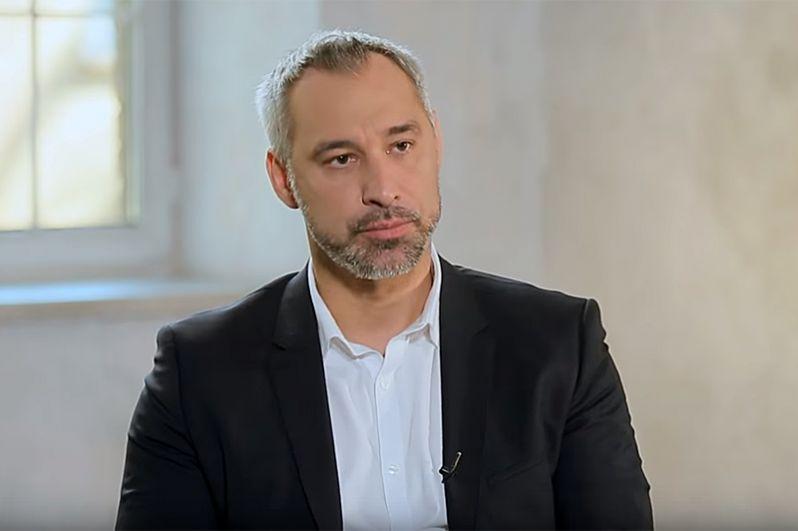 Руслан Рябошапка будет заниматься вопросами правоохранительной и антикоррупционной политики.