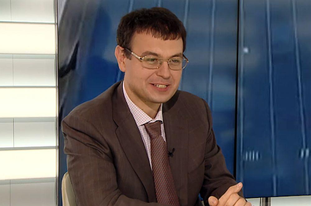 Даниил Гетманцев — за экономическое направление.