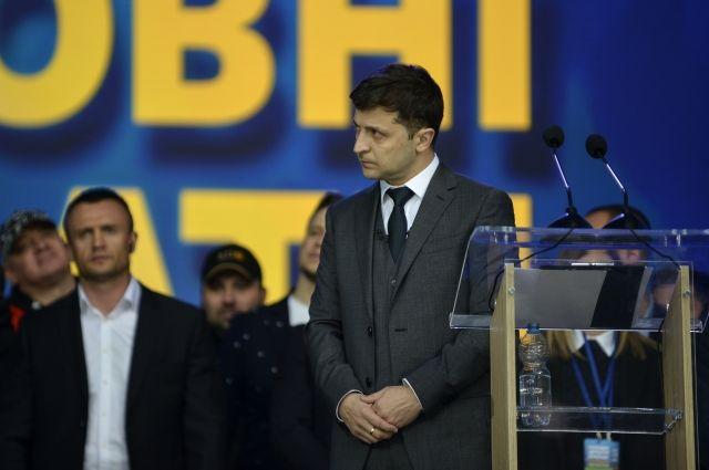 На Украине суд рассмотрит иск о снятии Зеленского в выборов