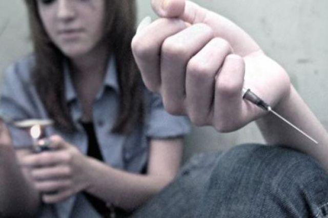 Отравление алкоголем и кокаином: в Мукачево в больницу попала 13-летняя девочка