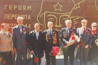 Ветераны района у памятника «Героям Перекопа».