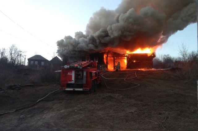Женщина задохнулась в горящей котельной в Хабаровске.