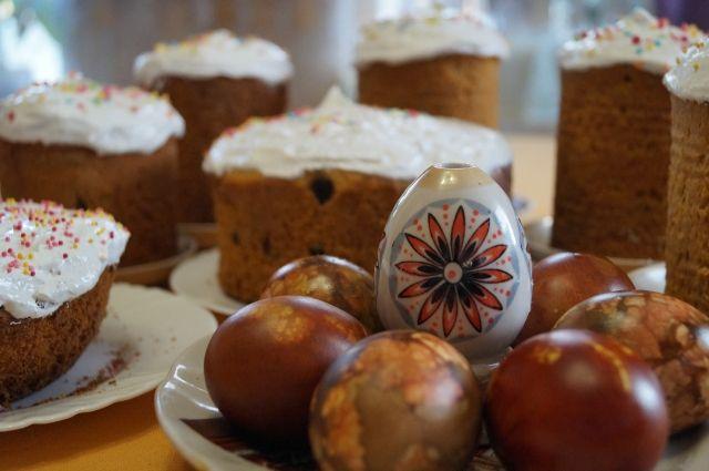 Традиция освящать куличи сохранялась и в советское время.