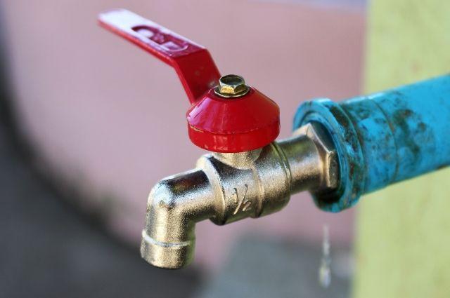 Опубликован график отключения горячей воды в омских домах