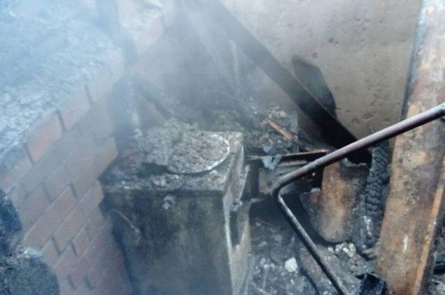 В Омске и области горят бани и частные дома