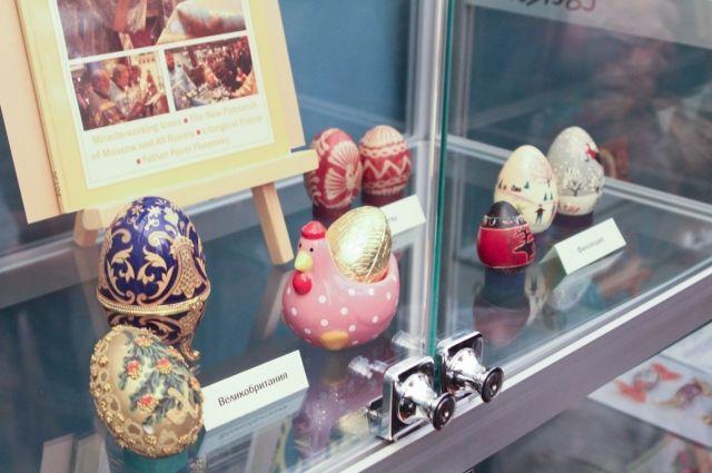В Оренбурге открылась выставка пасхальных яиц разных стран мира